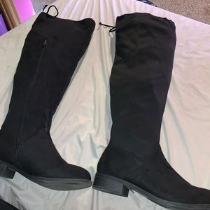 Size 11 over the knee tie boots